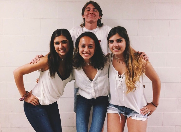 2017-18 Junior Class Officers Strive for Greatness