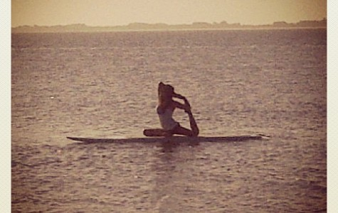 Try SUP Yoga this Summer!