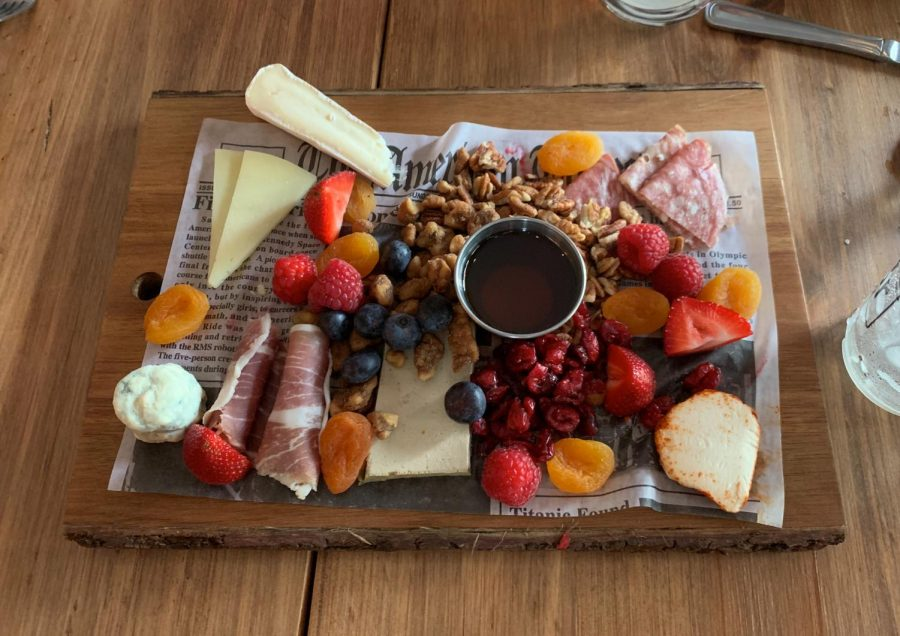 Brewology fruit and cheese appetizer